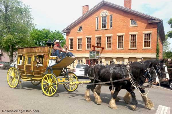 Roscoe-Village-Ohio-Stagecoach-Rides