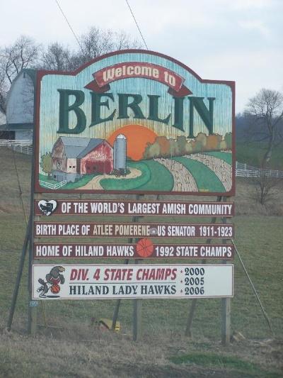 berlin_welcome_sign